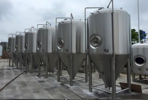 40 HL fermentors ready for shipping